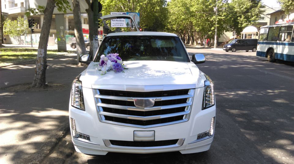 Limousine for Rent in Chisinau, Moldova - Cadillac Escalade6